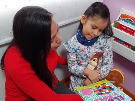 ¿Cómo involucrar a las familias en los momentos del club de lectura?